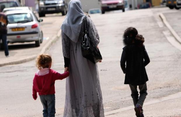 interdiction hijab MUSULMANE