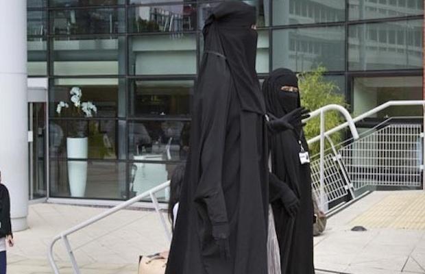 niqab voile australie parlement
