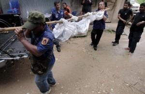 Un charnier d'une trentaine de cadavres de musulmans rohingyas a été découvert