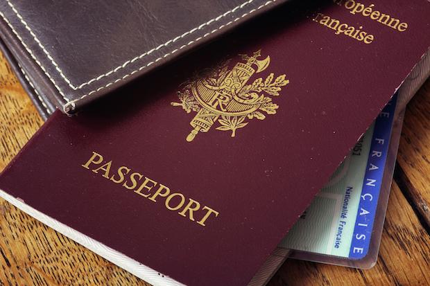 Emelyne etudier arabie saoudite passeport