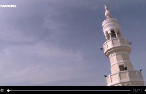 Pendant que la communauté musulmane du monde entier célèbre la fête de l'Aïd, qui marque la fin du mois de jeûne du ramadan