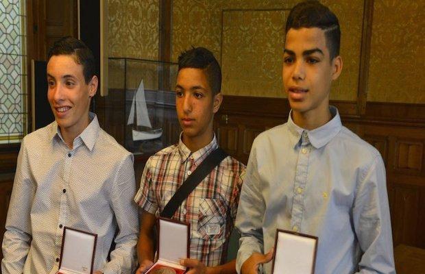 Sofiane, Bilal et Malek médaillés pour avoir sauvé un pompier